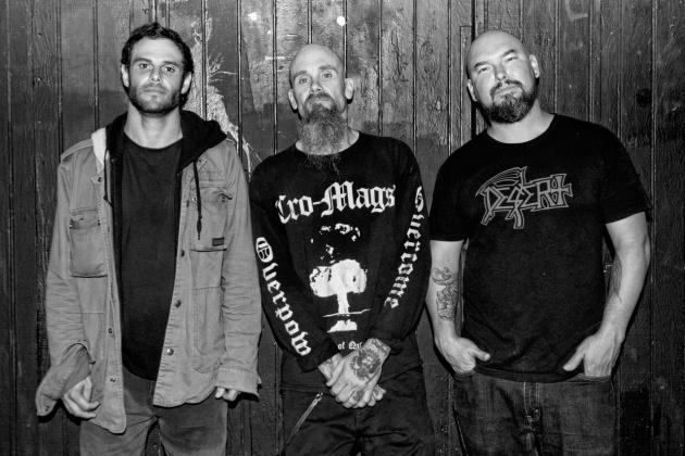 MONDO GENERADOR libera 'Dead Silence' como avance de su nuevo álbum 'LIVE ATBRONSON'