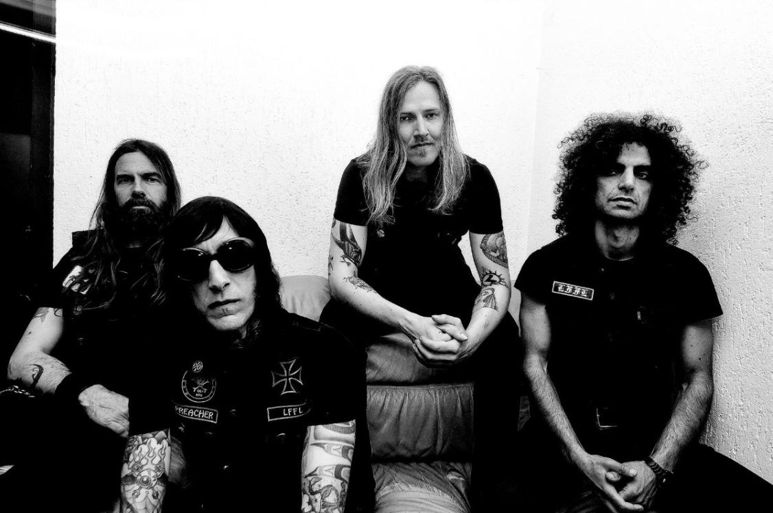 THE LORDS OF ALTAMONT liberan 'Million Watts Electrified', tercer single de su nuevo álbum 'TUNE IN, TURN ON, ELECTRIFY'